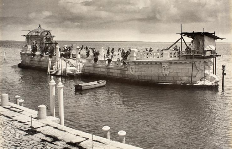 Barge in Vizcaya's Heyday<br/>