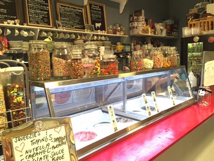Ice cream & desserts.