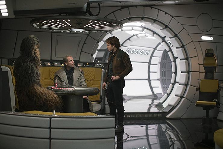 Joonas Suotamo, Woody Harrelson, Alden Ehrenreich