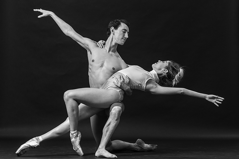 Dancers Meisy Lafitte & Yanis Eric Pikieris, Photo (c) Luis Corona, courtesy of Dimensions Dance Theatre of Miami