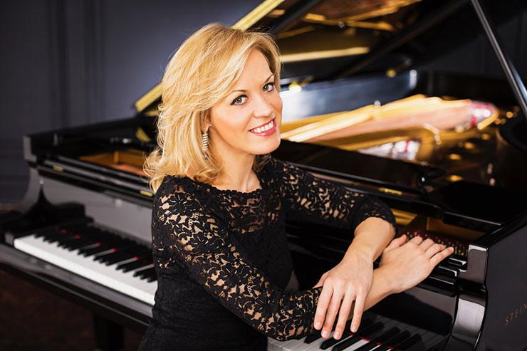 Pianist Olga Kern. Photo courtesy of Artist Management.