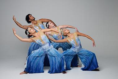 Elemental, (Water section), photograhper SimonSoong, dancers L_R Allyn Ginns, Joshua Rosado, Renee Roberts, Isabelle Haas