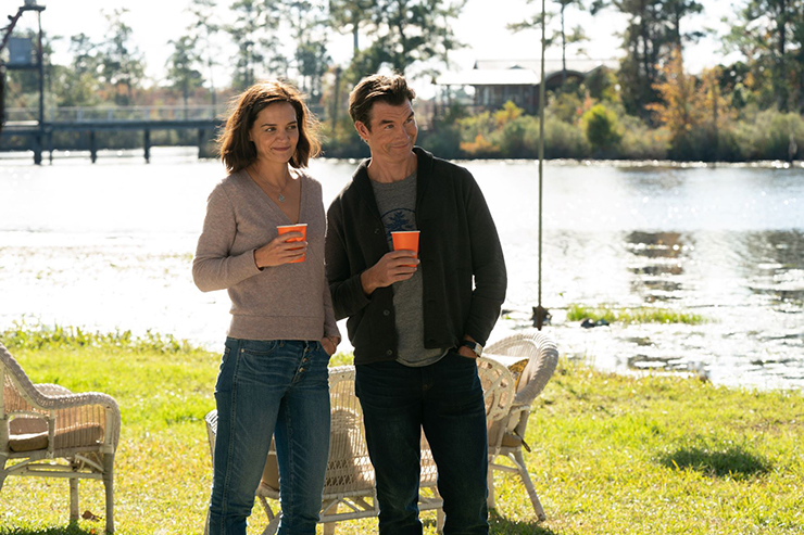 Katie Holmes and Jerry O'Connell in a scene from