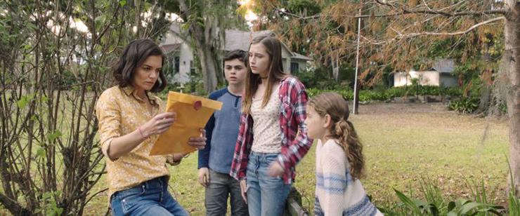 Katie Holmes, Aidan Pierce Brennan, Sarah Hoffmeister and Chloe Lee in