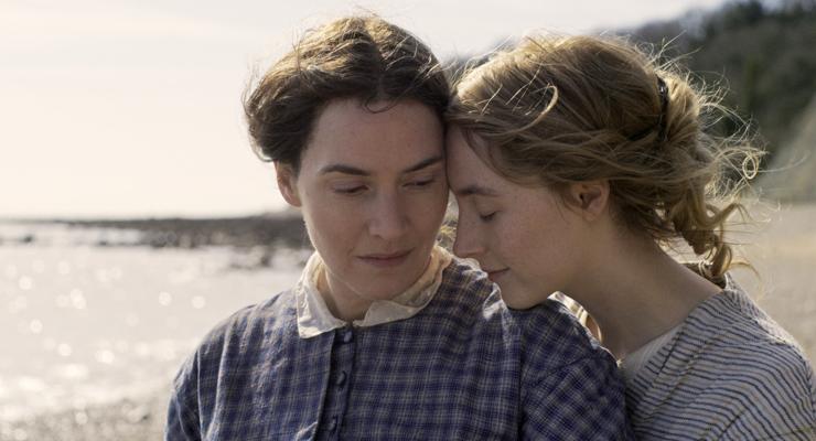 Kate Winslet, Saoirse Ronan (Courtesy of NEON)