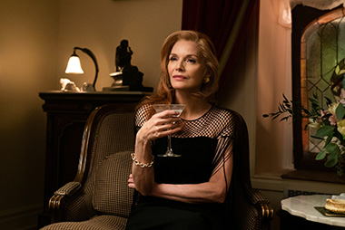 Michelle Pfeiffer as Frances Price in