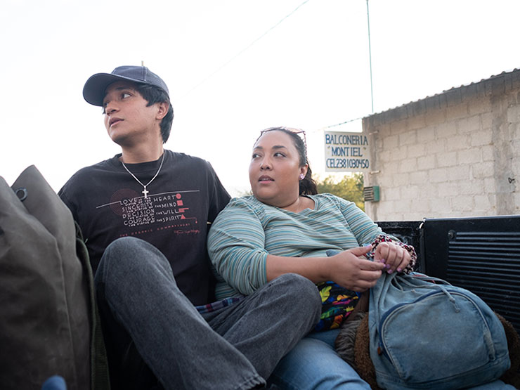 Armando Espitia as Iván and Michelle Rodriguez as Sandra in a scene from