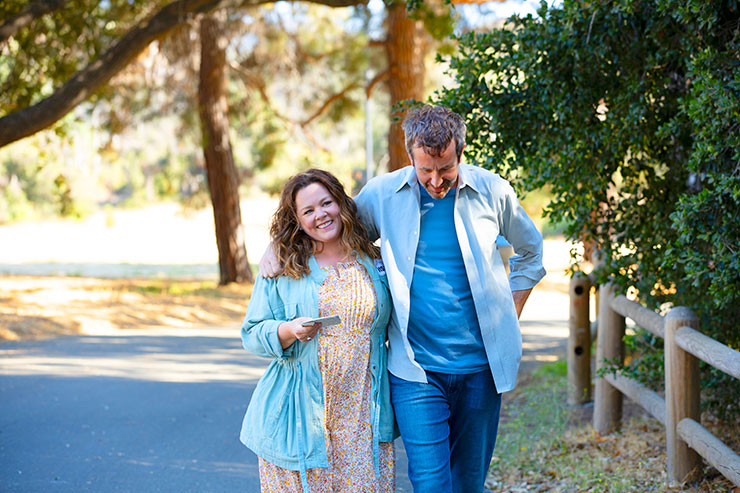 Melissa McCarthy and Chris O'Dowd in a scene from